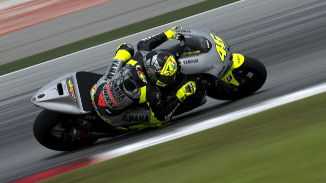 Valentino ritrova il sorriso in sella alla Yamaha