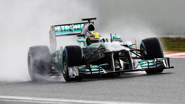 Barcellona, Day 1, Ore 12: Hamilton in vetta