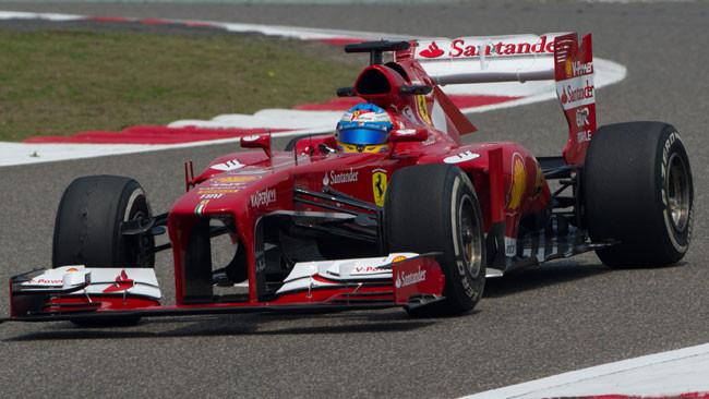 Shanghai, Libere 3: Alonso che tempone con la F138!