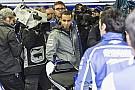 Lewis Hamilton rivede se stesso in Marc Marquez