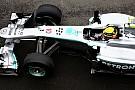 Reprimende per Lewis Hamilton e la Lotus