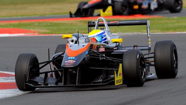 Prima fila tutta RP Motorsport in gara 2 a Silverstone