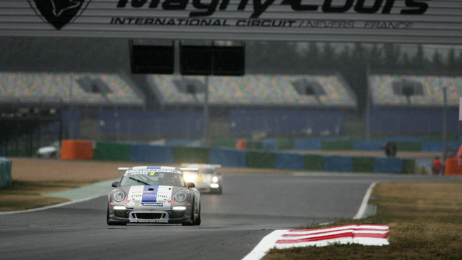Magny Cours, Libere 2: si ripete Jousse, poi piove