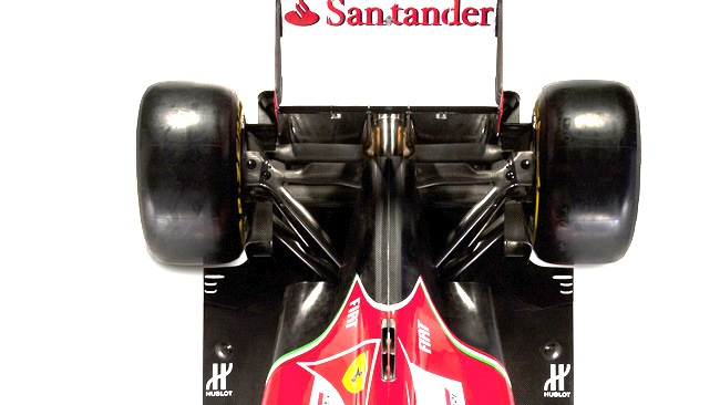 La Ferrari F14 T simula l'estensione dell'estrattore?