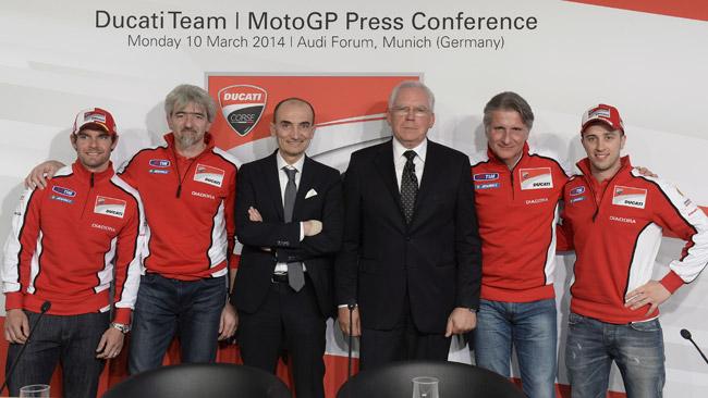 Il Team Ducati MotoGp si presenta all'Audi Forum