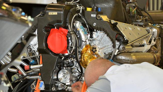Ecco il serbatoio dell'olio della McLaren-Mercedes