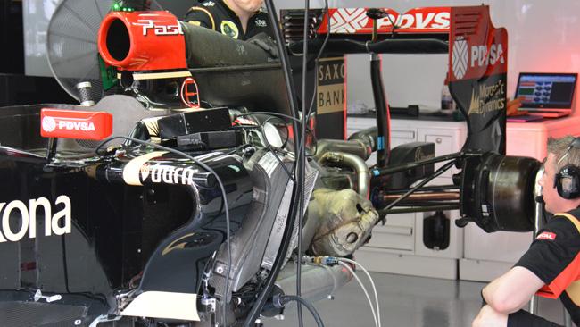 Lotus: radiatore e intercooler grandi sulla E22