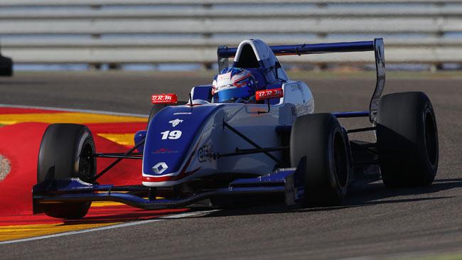 Nick De Vries firma la prima pole del 2014