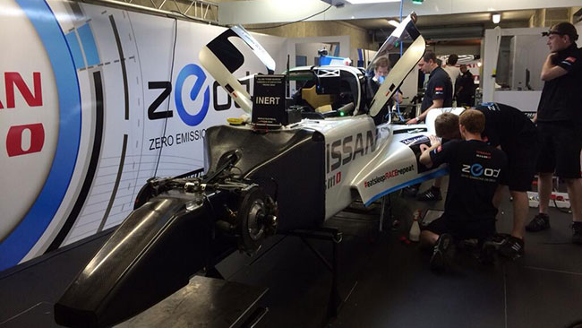 Nissan ZEOD RC: Le Mans dura 24... minuti