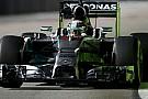 Singapore, Libere 2: Alonso resta vicino a Hamilton