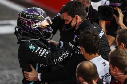 """Formel-1-Boss Domenicali über Hamilton-Vertrag: """"Jeder wartet darauf"""""""