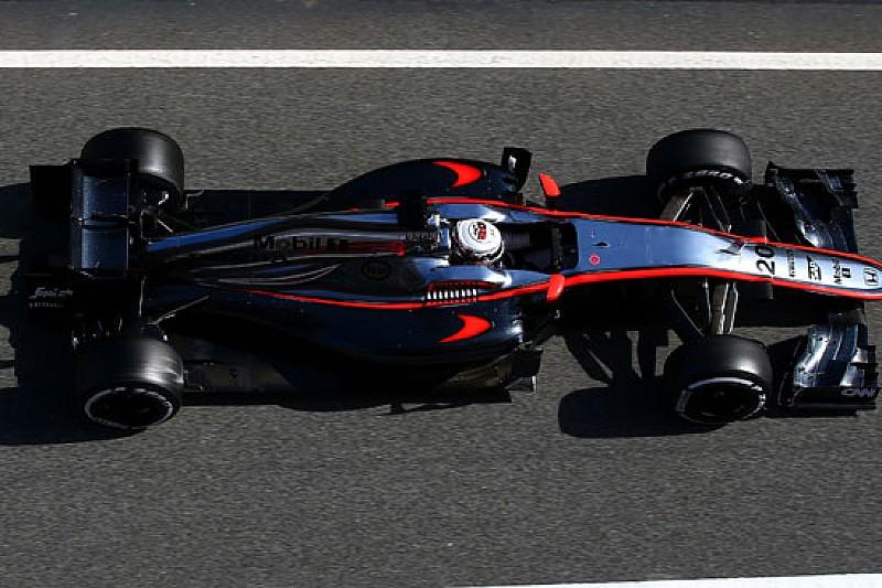 Una perdita d'olio blocca ancora la McLaren-Honda