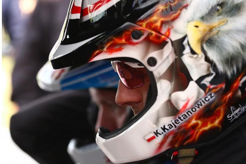 Kajetan Kajetanowicz cambia la livrea del casco