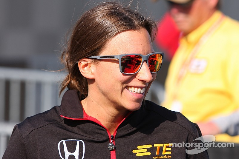 Simona de Silvestro is back at Indy and looking for more