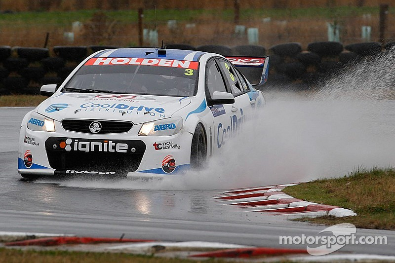 Dumbrell aiming to lock down overseas driver