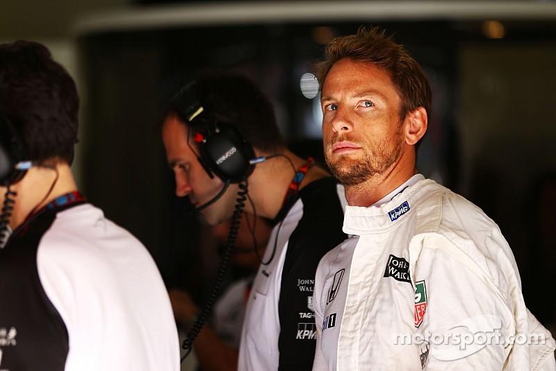 """Magnussen - Jenson Button est """"un pilote de classe mondiale"""""""