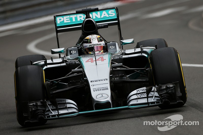 Hamilton pour la première fois en pole à Monaco