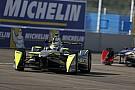 Nelsinho Piquet dá 500 voltas em simulador antes de ePrix