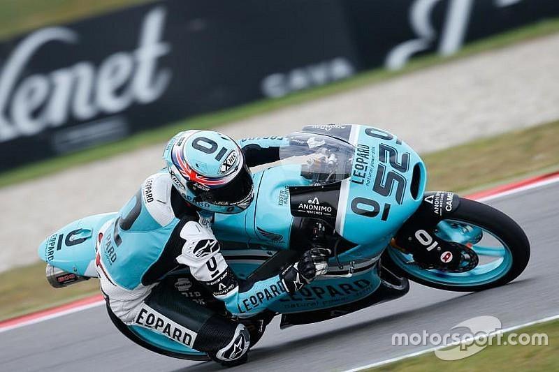 Mesmo caindo, Danny Kent fica com a pole em Sachsenring