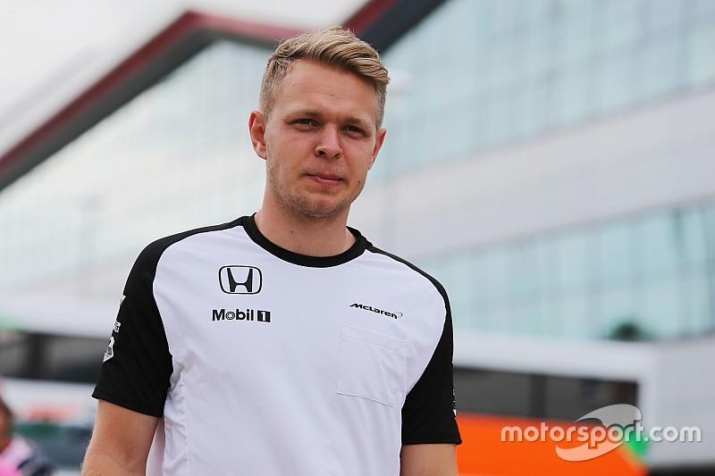 Magnussen torce para Vandoorne conseguir vaga na Fórmula 1