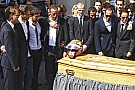 La familia hace homenaje a Bianchi por su