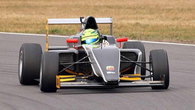 Brivido per Mick Schumacher: in sabbia a 160 km/h
