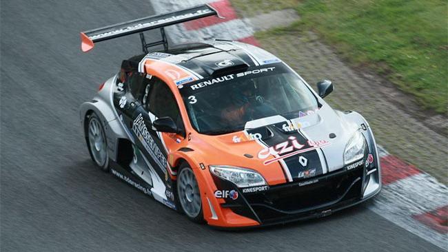 EuroMégane: Nicky Catsburg scopre Brno e subito pole