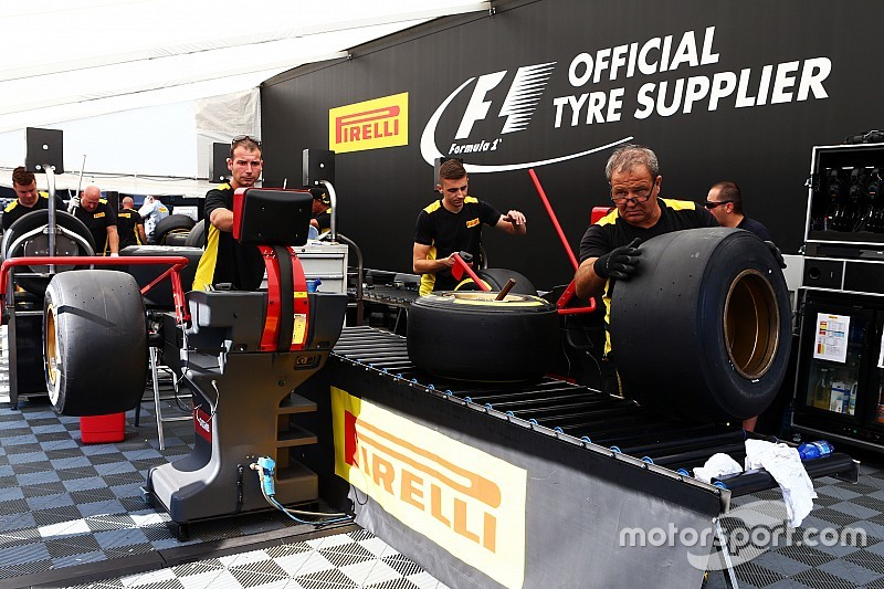 """Pirelli: No obvious source for """"cut"""" in Rosberg's tyre"""