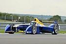 رينو إي.دامس تعود لصدارة جدول الأزمنة في اليوم الختامي لاختبارات فورمولا إي