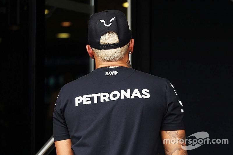 Lewis l'estroso: per Monza si è fatto biondo!mo