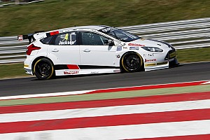 BTCC Qualifying report Rockingham BTCC: Jackson gives Motorbase first ever pole