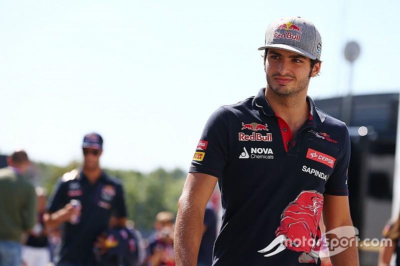 """Carlos Sainz dice que el GP de Singapur es """"extraño"""""""