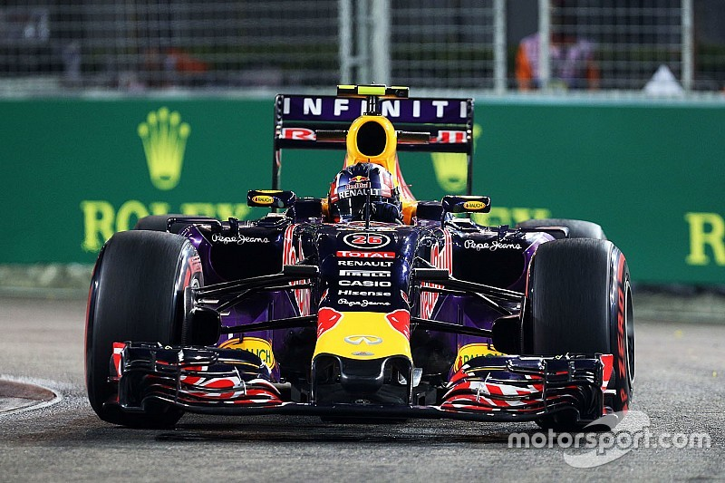 Red Bull starts off on the right foot in free practice for tomorrow's Singapore GP