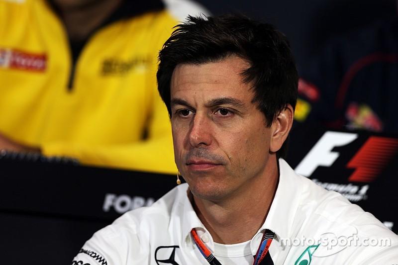 Wolff ricusa il complotto, ma lascia dubbi sulla Pirelli