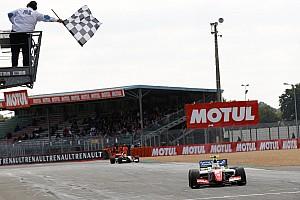 Formula V8 3.5 Résumé de course Sacré champion, Oliver Rowland succède à Carlos Sainz!