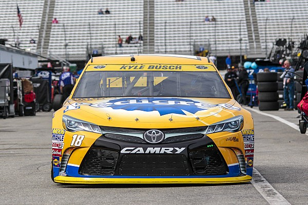 Kyle Busch runs out of luck at New Hampshire