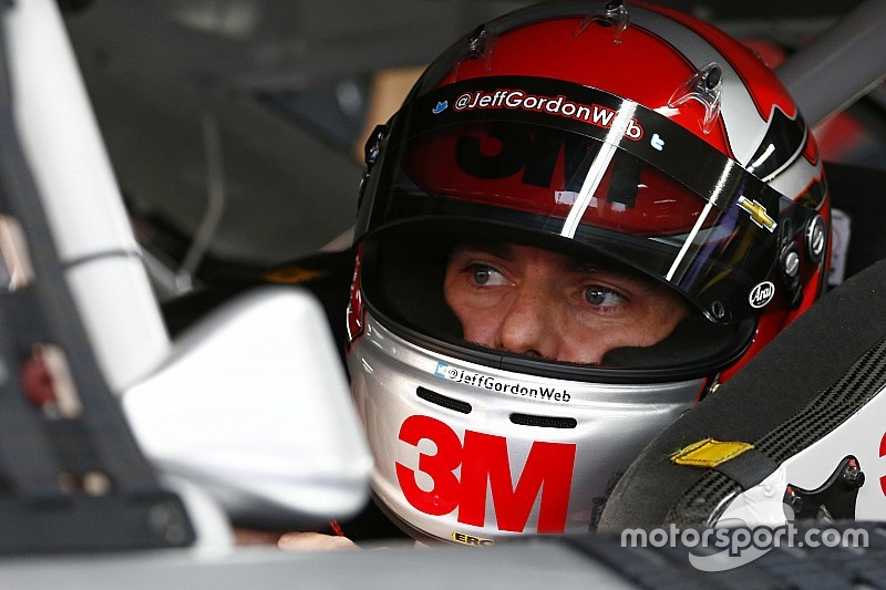 "Jeff Gordon hopes for ""monumental"" win at Charlotte"