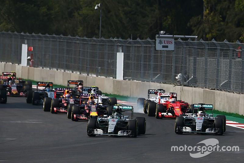 Rosberg wint in Mexico, punten voor Verstappen