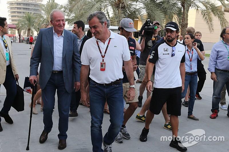 Alonso me dijo que no tiene motor, dijo el Rey Juan Carlos