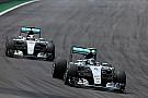 Mercedes descarta estrategia con más libertad a sus pilotos