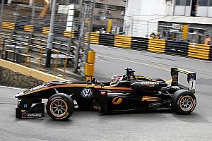 سباقات الفورمولا 3 الأخرى أخبار عاجلة جيوفينازي غاضبٌ من