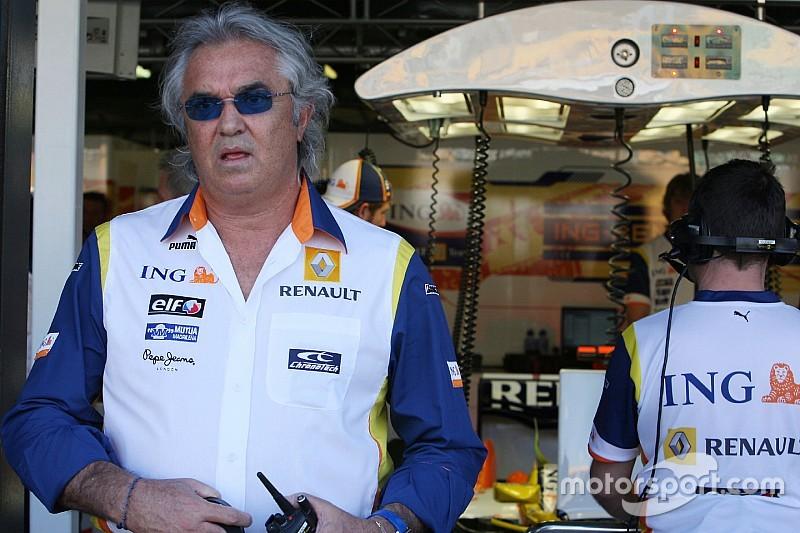 Briatore: Renault needs total overhaul, including drivers