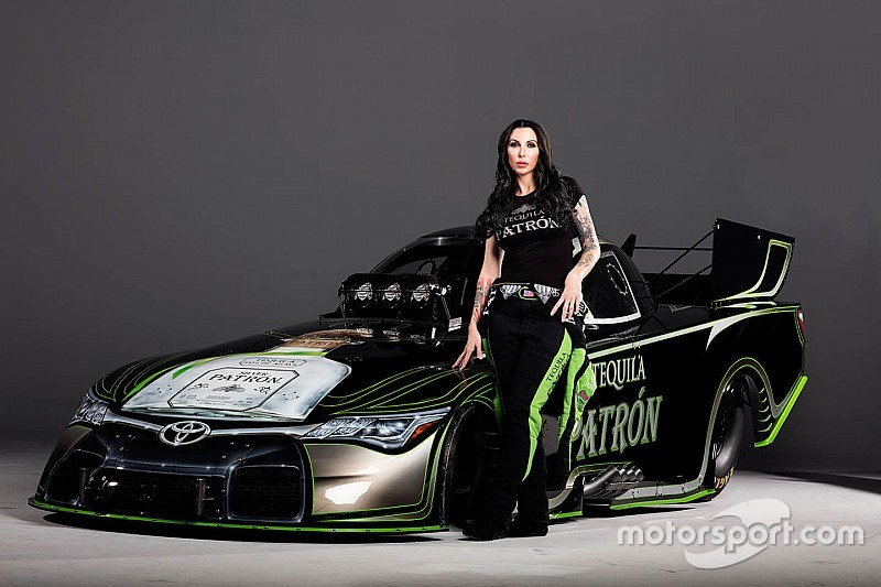 Alexis Dejoria Racing returns to iconic livery for 2016