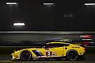 Corvette logra el primer sitio en la práctica nocturna