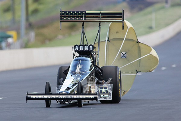 Beckman and Schumacher set the pace Friday at NHRA Nitro Spring Training