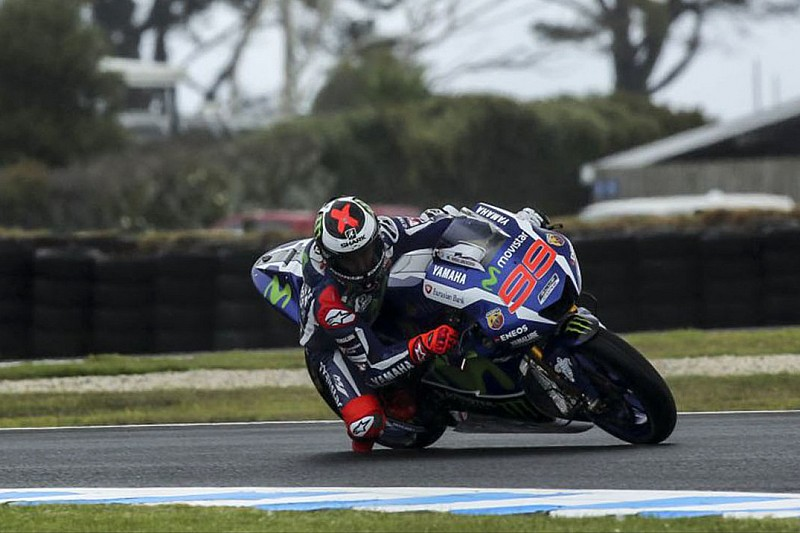 """Lorenzo lamenta chuva e """"sensação estranha"""" na Austrália"""