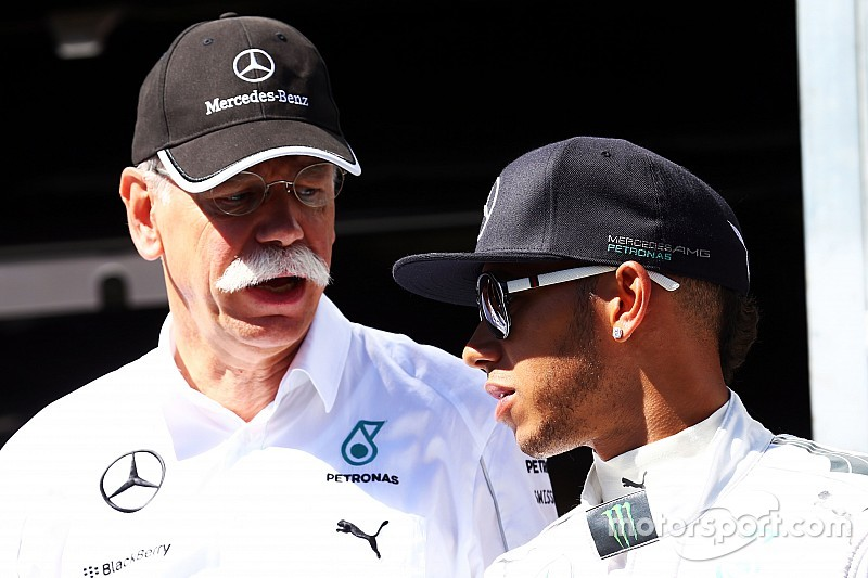 Malestar en Mercedes por las críticas de Ecclestone a la F1
