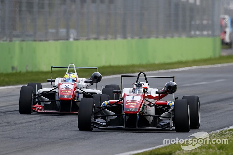 Prema dominance put drivers off F3, Russell says