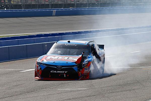 NASCAR XFINITY Kyle Busch fue multado con 10,000 dólares