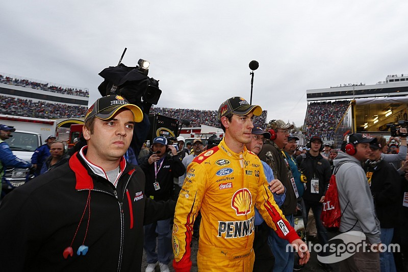 "Logano using Kenseth feud as ""motivator"" to win at Martinsville"